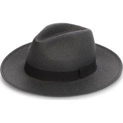 Kapelusz WEEKEND MAXMARA - Oblare 55710384600 006. Czarne czapki i kapelusze damskie WEEKEND MaxMara, z materiału. W wyprzedaży za 279.00 zł.