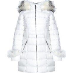 Biała Kurtka Hear Me Now. Białe kurtki damskie Born2be, na zimę. Za 219.99 zł.