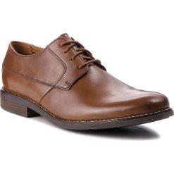 Półbuty CLARKS - Becken Plain 261241757  Tan Leather. Brązowe eleganckie półbuty Clarks, z materiału. W wyprzedaży za 219.00 zł.