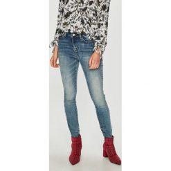 Medicine - Jeansy Vintage Revival. Niebieskie jeansy damskie MEDICINE. Za 139.90 zł.