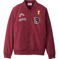 Kurtka pilotka bonprix bordowy. Czerwone kurtki i płaszcze dla dziewczynek bonprix, z aplikacjami. Za 79.99 zł.