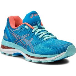 Buty ASICS - Gel-Nimbus 19 T750N Diva Blue/Flash Coral/Aqua Splash 4306. Niebieskie obuwie sportowe damskie Asics, w gradientowe wzory, z materiału. W wyprzedaży za 509.00 zł.