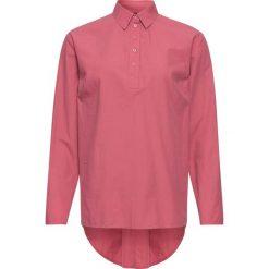 Tunika ze zdobieniem z tyłu bonprix dymny malinowy. Czerwone tuniki damskie bonprix, z koszulowym kołnierzykiem. Za 99.99 zł.