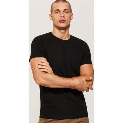 T-shirt basic - Czarny. T-shirty męskie marki Giacomo Conti. Za 25.99 zł.