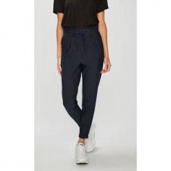 Only - Spodnie. Szare spodnie materiałowe damskie Only, z elastanu. Za 169.90 zł.