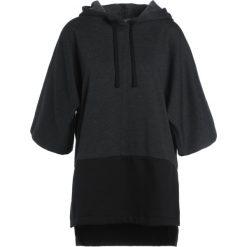 Dimensione Danza FELPA CAPPUCCIO MANICA  Bluza z kapturem black melange black. Bluzy sportowe damskie Dimensione Danza, z bawełny. W wyprzedaży za 431.20 zł.