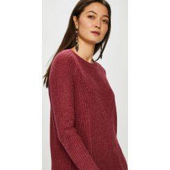 Jacqueline de Yong - Sweter. Brązowe swetry damskie Jacqueline de Yong, z dzianiny, z okrągłym kołnierzem. Za 69.90 zł.