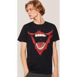 Koszulka piżamowa Batman - Czarny. Czarne piżamy męskie House, z motywem z bajki. Za 49.99 zł.