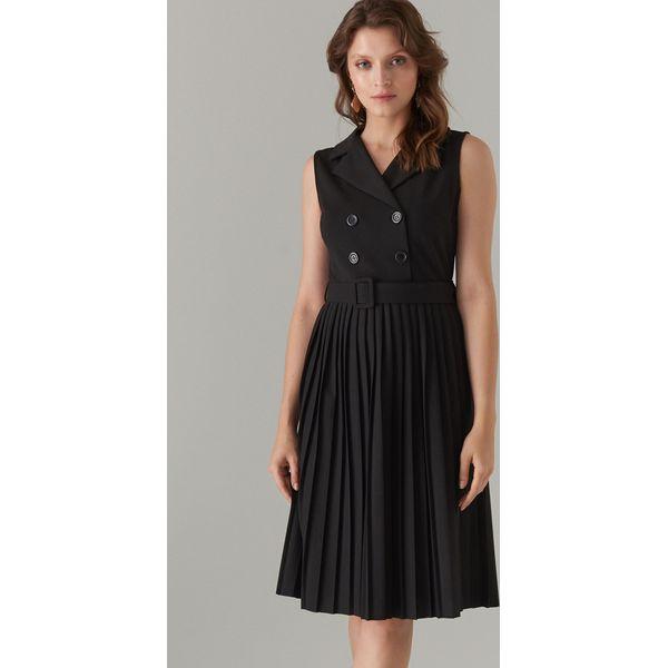 462c636e6aa83f Plisowana sukienka z paskiem - Czarny - Czarne sukienki damskie ...