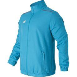 Kurtka treningowa MJ630029PLR. Niebieskie kurtki sportowe męskie New Balance, z materiału. W wyprzedaży za 129.99 zł.