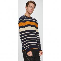 Brave Soul - Sweter. Czarne swetry przez głowę męskie Brave Soul, z dzianiny, z okrągłym kołnierzem. W wyprzedaży za 79.90 zł.