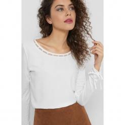 Koszulka z perłami. Brązowe bluzki damskie Orsay, z dzianiny, z długim rękawem. Za 69.99 zł.
