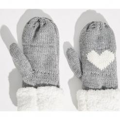 Rękawiczki z jednym palcem - Jasny szar. Szare rękawiczki damskie Sinsay. Za 24.99 zł.