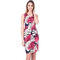 Prosta sukienka we wzory z dekoltem w literkę V BIALCON. Czerwone sukienki damskie BIALCON, na lato, wizytowe. W wyprzedaży za 244.00 zł.