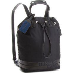 Plecak TRUSSARDI JEANS - Turati 71B00090 K299. Czarne plecaki damskie TRUSSARDI JEANS, z jeansu. W wyprzedaży za 379.00 zł.