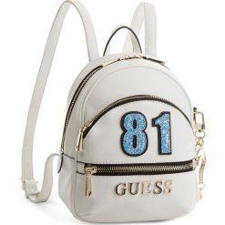 Plecak GUESS - HWVG69 94310 WHI. Białe plecaki damskie Guess, ze skóry ekologicznej, klasyczne. Za 589.00 zł.