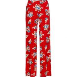 Spodnie palazzo z nadrukiem bonprix truskawkowy w kwiaty. Spodnie materiałowe damskie marki DOMYOS. Za 79.99 zł.