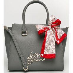 Love Moschino - Torebka. Szare torby na ramię damskie Love Moschino. Za 999.90 zł.