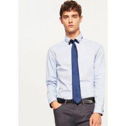 Koszula slim fit z mikroprintem - Niebieski. Koszule męskie marki Giacomo Conti. W wyprzedaży za 49.99 zł.