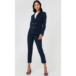 NA-KD Classic Lniane spodnie - Blue. Niebieskie spodnie materiałowe damskie NA-KD Classic, z haftami. Za 181.95 zł.