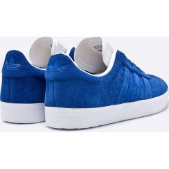 Adidas Originals - Buty Gazelle Stitch And Turn. Szare buty sportowe męskie adidas Originals, z materiału. W wyprzedaży za 339.90 zł.