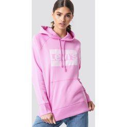 Levi's Bluza z kapturem Graphic Sportswear - Pink. Różowe bluzy damskie Levi's, z nadrukiem. Za 242.95 zł.