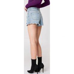 Minkpink Szorty jeansowe Trash Talk - Blue. Niebieskie szorty damskie MINKPINK, z aplikacjami, z jeansu. W wyprzedaży za 66.89 zł.