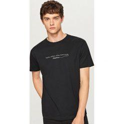 T-shirt Look over the horizon - Czarny. Czarne t-shirty męskie Reserved. Za 39.99 zł.