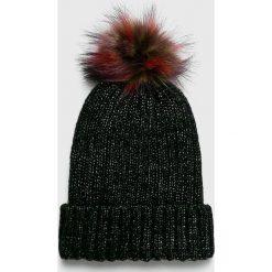 Medicine - Czapka Hand Made. Czarne czapki i kapelusze damskie MEDICINE, z dzianiny. W wyprzedaży za 29.90 zł.