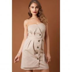 NA-KD Trend Sukienka mini z wiązaną talią - Beige. Brązowe sukienki damskie NA-KD Trend, w paski. Za 161.95 zł.