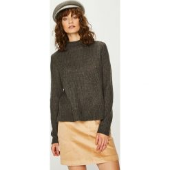 Jacqueline de Yong - Sweter. Brązowe swetry damskie Jacqueline de Yong, z dzianiny. Za 89.90 zł.