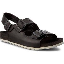 Sandały WOJAS - 6303-91 Czarny. Czarne sandały męskie Wojas, z nubiku. W wyprzedaży za 199.00 zł.