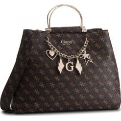 Torebka GUESS - HWSG71 79250 BRO. Brązowe torebki do ręki damskie Guess, z aplikacjami, ze skóry ekologicznej. Za 739.00 zł.