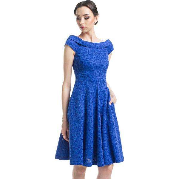 29a18ca462 Sukienka w kolorze niebieskim ze wzorem - Niebieskie sukienki ...
