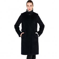 Płaszcz w kolorze czarnym. Czarne płaszcze damskie Ostatnie sztuki w niskich cenach, na zimę. W wyprzedaży za 749.95 zł.