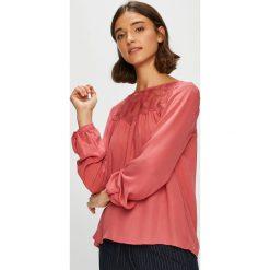 Only - Bluzka. Różowe bluzki damskie Only, z bawełny, casualowe, z okrągłym kołnierzem. W wyprzedaży za 89.90 zł.