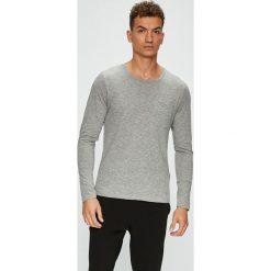 Produkt by Jack & Jones - Longsleeve. Szare bluzki z długim rękawem męskie PRODUKT by Jack & Jones, z bawełny, z okrągłym kołnierzem. W wyprzedaży za 39.90 zł.