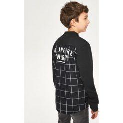 Koszula z elementami bejsbolowej bluzy - Czarny. Bluzy dla chłopców Reserved. W wyprzedaży za 19.99 zł.