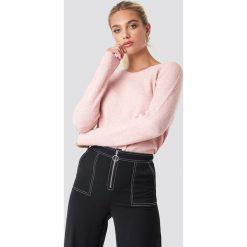 Samsoe & Samsoe Krótki sweter z okrągłym dekoltem Nor - Pink. Różowe swetry damskie Samsøe & Samsøe, z okrągłym kołnierzem. Za 404.95 zł.
