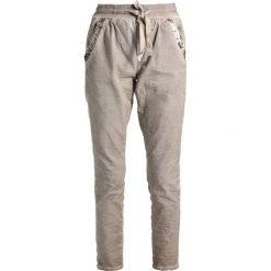 Cream DORY PANTS Spodnie treningowe simply taupe. Spodnie dresowe damskie Cream, z bawełny. Za 379.00 zł.