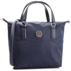 Torebka TOMMY HILFIGER - Poppy Sm Tote AW0AW05639 413. Niebieskie torebki do ręki damskie Tommy Hilfiger, z materiału. Za 299.00 zł.