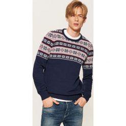 Wzorzysty sweter - Granatowy. Niebieskie swetry przez głowę męskie House. Za 89.99 zł.