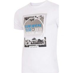 T-shirt męski TSM011 - biały. Białe t-shirty męskie 4f, na lato, z nadrukiem, z bawełny. W wyprzedaży za 44.99 zł.
