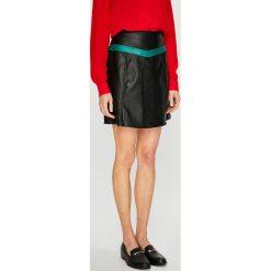 Vero Moda - Spódnica Contrast. Szare spódnice damskie Vero Moda, z materiału. W wyprzedaży za 89.90 zł.