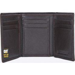 Caterpillar - Portfel skórzany. Brązowe portfele męskie Caterpillar, z materiału. W wyprzedaży za 149.90 zł.