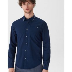 Koszula z ozdobnym detalem - Granatowy. Niebieskie koszule męskie House. Za 69.99 zł.