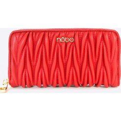 Nobo - Portfel. Czerwone portfele damskie Nobo, z materiału. W wyprzedaży za 69.90 zł.