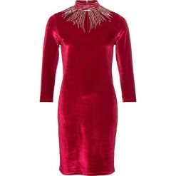 Sukienka wieczorowa bonprix ciemnoczerwony. Czerwone sukienki damskie bonprix, z aplikacjami, wizytowe. Za 179.99 zł.