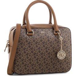 Torebka DKNY - Bryant-Zip Satchel R83DJ621  Mocha Logo/Vic 244. Brązowe torebki do ręki damskie DKNY, ze skóry ekologicznej. Za 979.00 zł.