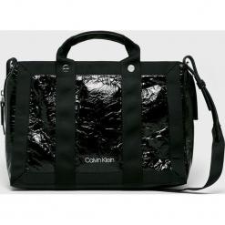 Calvin Klein - Torebka. Czarne torby na ramię damskie Calvin Klein. Za 649.90 zł.
